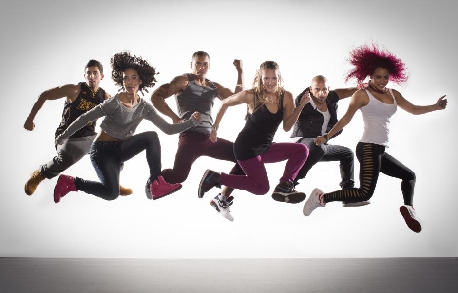 Dans eğitimi almak istiyor ama nereden başlayacağınızı bilmiyor musunuz? Profesyonel kadromuz ile sizi de aramıza bekliyoruz. Detaylı Bilgi Almak İçin;  Bilgi Talep Formu doldurun veya 0 212 669 66 61 arayın.